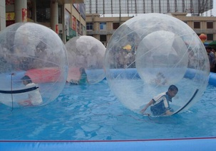 If you're looking for an afternoon of interesting fun, try Water Zorbing! Ideal for corporate events, school fairs, school proms and even private hire, challenge your friends with who can remain standing the longest, or try to walk across water! You can have up to 6 Zorbs per hire (average hire of 2 hours) and with our trained staff to supervise you, you can even have a go at Water Zorbing yourself! Fan(s), crash mats, and one operator included.