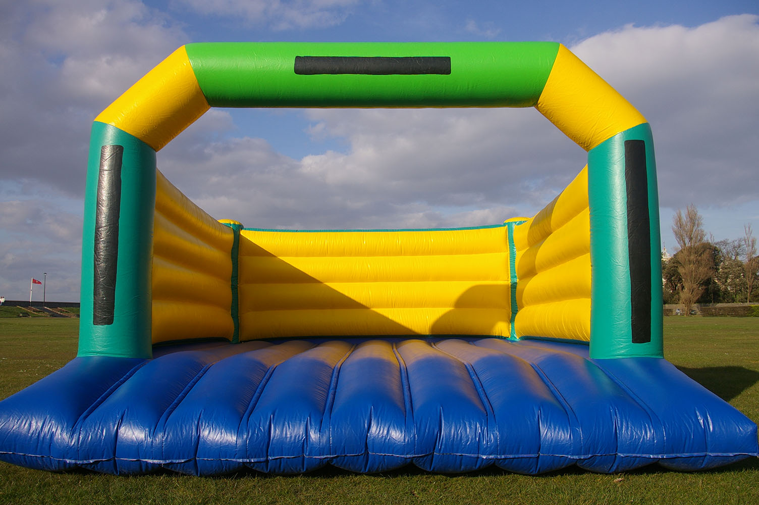 One of our larger standard bouncy castles, the Super Bouncy Castle like all of our others, is perfect for personalising with themed banners. Great for parties in halls, gardens, fetes and school fairs. Suitable for all ages.